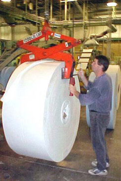 pressure lifting tongs for paper roll handling