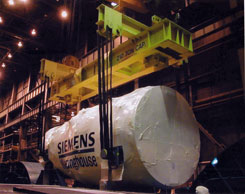 heavy duty spreader beam lifts large turbine